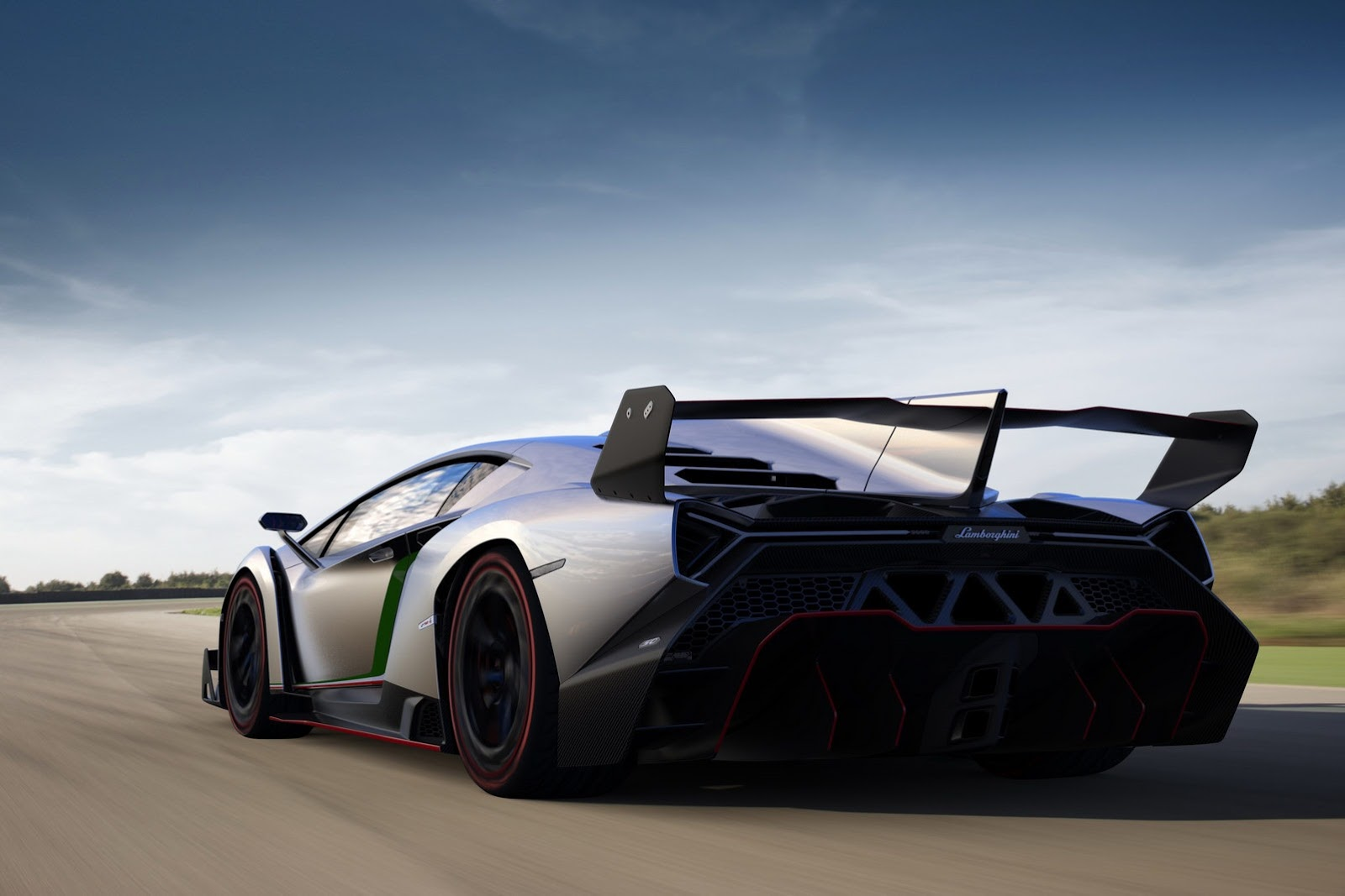 Lamborghini Veneno And Its Huge Rear Wing Officially